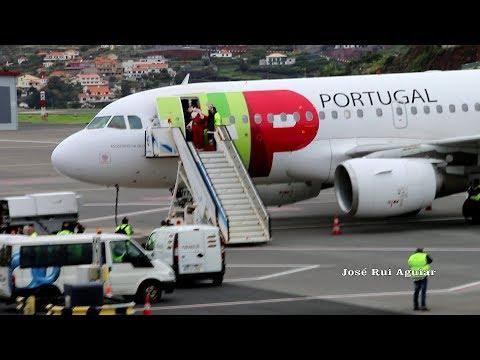 Pai Natal Pousa no Aeroporto da Madeira Voo TAP Air Portugal