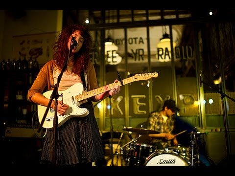 Widowspeak - Gun Shy (Live on KEXP)