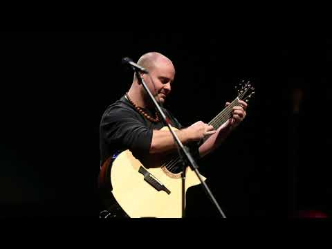 """aerial boundaries"" andy mckee at ""remembering michael hedges"""