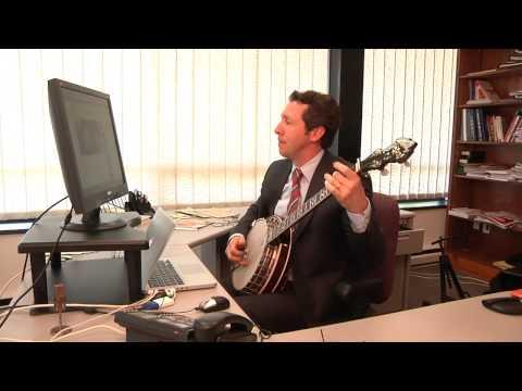 IDG CEO Bob Carrigan plays dueling banjos