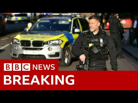 London Bridge: People 'injured' in incident - BBC News
