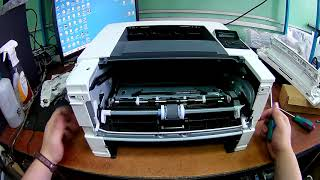 hP LaserJet Pro M402dn не берет бумагу,ремонт датчика