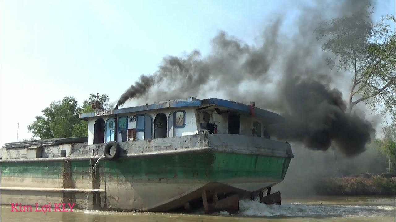Sà Lang 2.000 Tấn, 2 động cơ, 2 bánh lái, Quẹt cua khói như tàu buông
