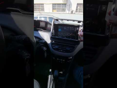 Como remover a central multimidia do Peugeot 208 ou Peugeot 2008
