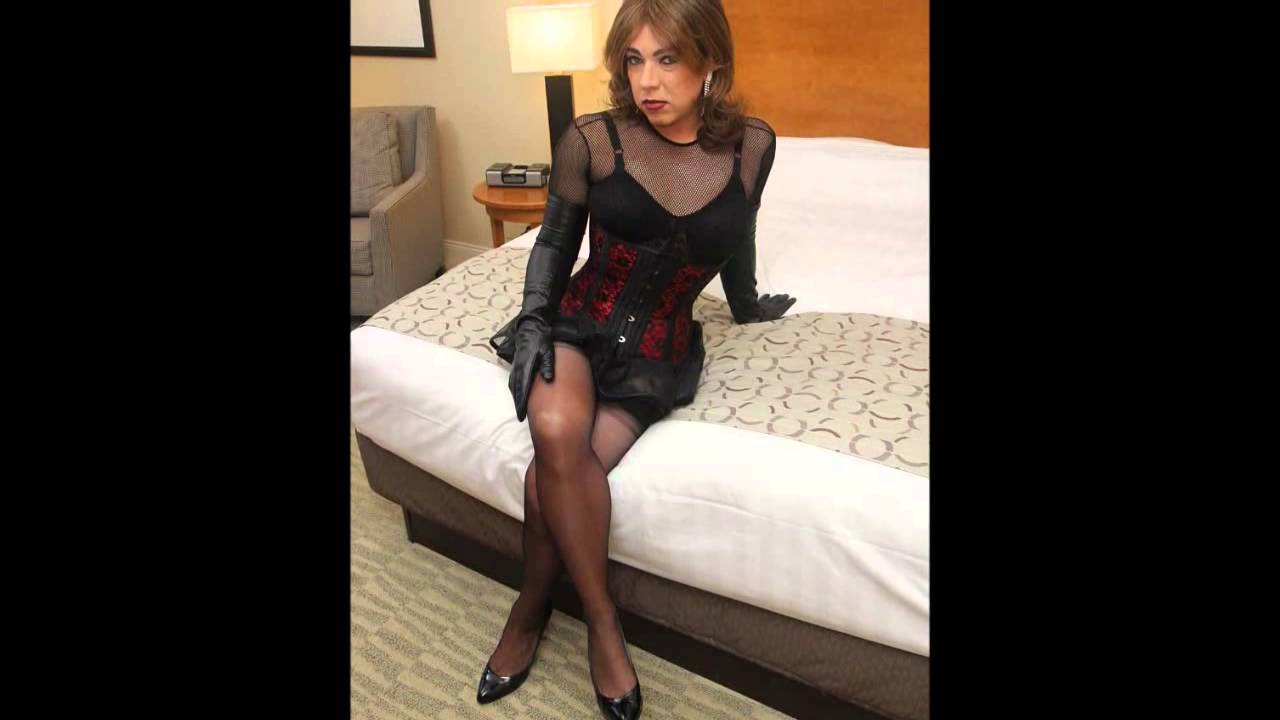Crossdressed in pantyhose