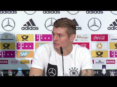 DFB Pressekonferenz mit Toni Kroos & Joachim Löw 13.11.17