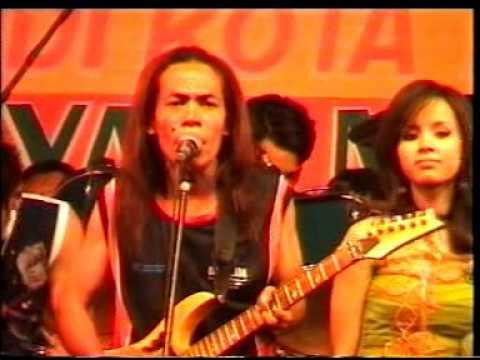 New PALADA - Kandas (Dwi Ratna) Live Lap. Kabuh Jombang 2005