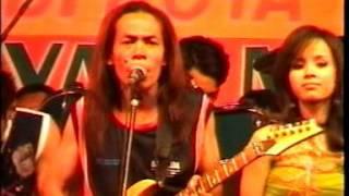 Gambar cover New PALADA - Kandas (Dwi Ratna) Live Lap. Kabuh Jombang 2005