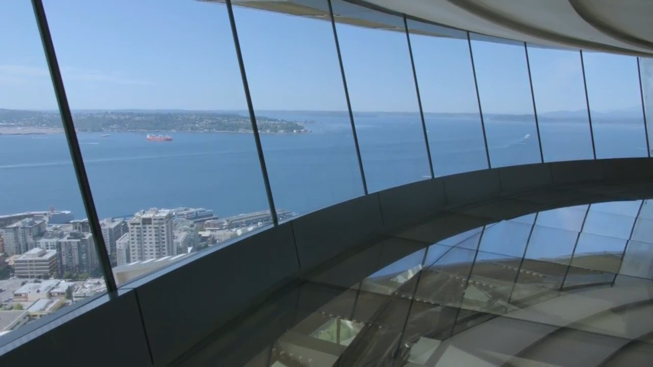 Space Needle Unveils World S Only Revolving Glass Floor 500 Feet