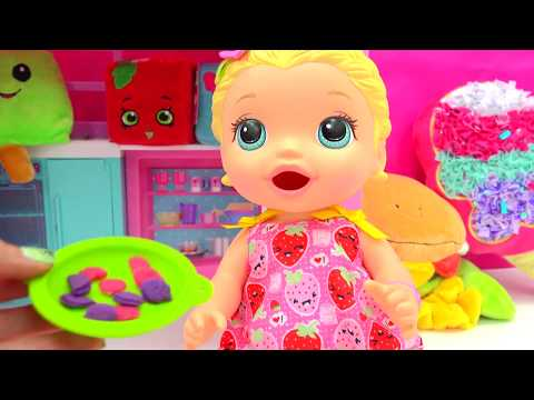 Babysitting Baby Alive Super Snacks Snackin' Lily Feed Playdoh Food  - Cookie swirl c Video