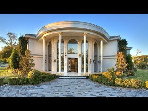 Wayne Newton's Vegas Mansion With Zoo and Private Jet On ...