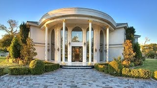 Wayne Newton's Vegas Mansion With Zoo and Private Jet On Sale Now