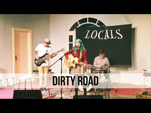 """""""Dirty Road"""" Hide in You Live at Locals - Acoustic Session"""