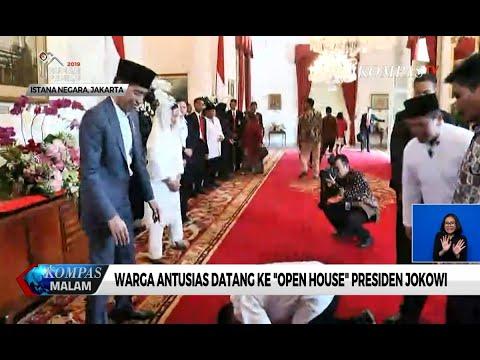 """Open House"" di Istana, Seorang Warga Tiba-tiba Sujud di Depan Jokowi"