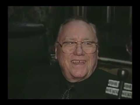 Earl Scruggs (banjo genius) Interview in 2002