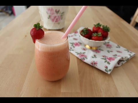 Pick Me Up Strawberry, Banana And Orange Smoothie