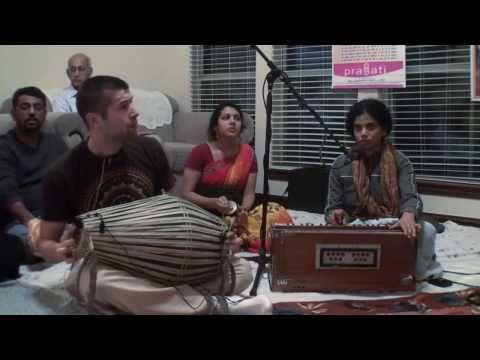 Bhajan - Rasakeli dasi - Hare Krishna