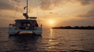 Gambar cover Sailing Belize: A Bareboat Catamaran Charter