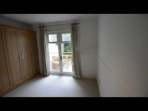 3 bed flat to rent in Belsize Square, Hampstead, NW3 | Benham and Reeves Lettings