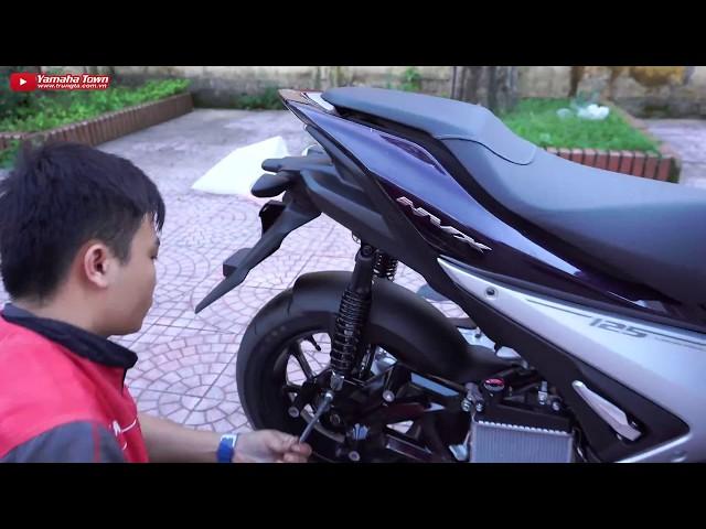 Hướng dẫn lắp chắn bùn Chính hãng cho Yamaha NVX 155cc ▶