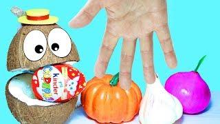 Мистер Кокосик с Песенкой про Пальчики  Играем и Учим названия Овощей Сюрпризы для детей