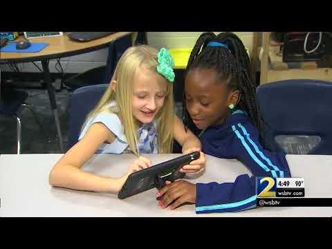 Douglas County teacher has new prosthetic arm … thanks to her students