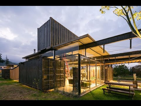 Shipping Container House Breaks The Boundaries Between Indoor And Outdoor