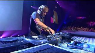 Live David Guetta Ft. Kelly Rowland - When Love Takes Over (Offical Video)