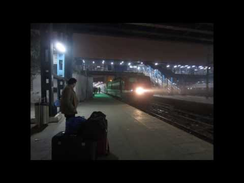 Bombay Meri Jaan! Mumbai Night Life from the New Delhi BCT Duronto Express