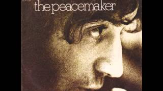 Watch Albert Hammond The Peacemaker video