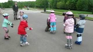 Ролики - детская группа, второе занятие(, 2009-05-18T10:05:24.000Z)