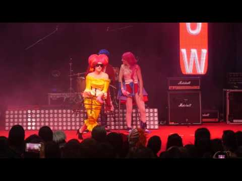 related image - Toulouse Game Show 2016 - Concours Cosplay Groupe - 01 - Just Dance