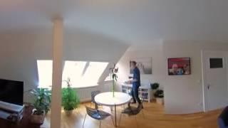 Wohnzimmer in 360-Grad: John Ment zeigt seine heiligen Hallen