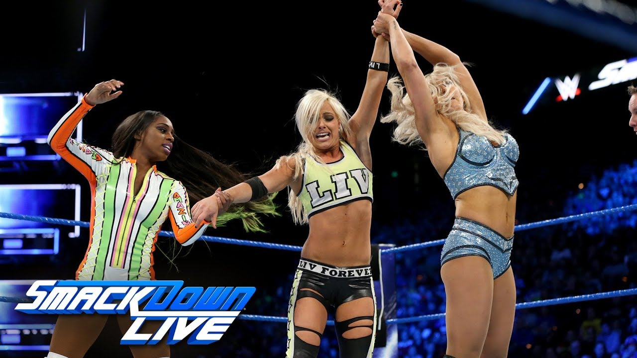 Charlotte Flair, Natalya & Naomi vs. The Riott Squad: SmackDown LIVE, Nov. 28, 2017