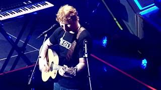 """Ed Sheeran """"How Would You Feel (Paean)"""" [LIVE] @ The STAPLES Center on 8/11/17"""