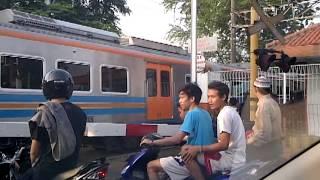 Perlintasan Kereta Api Dipo Bukit Duri