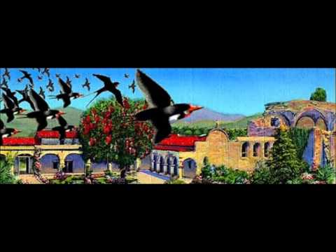 Bing Crosby - When the Swallows Come Back to Capistrano (1940 Radio Recording)