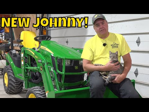 NEW 2019 John Deere 1025R with ALL the Bells and Whistles! Model Year Confusion Resolved!