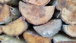 Jak układać drewno do kominka żeby szybciej wyschło