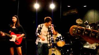 My band(Armadillo) playing たいせつなものーroad of major.