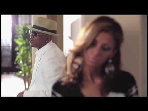 "Donell Jones ""Love Like This"" / LYRICS In Stores 9.28.10"