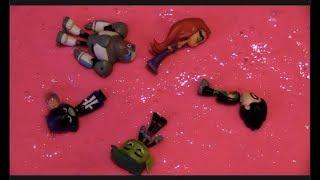 Teen Titans GO! Jump into Giant Pink Slime Bucket Raven, Beast Boy, Robin, Starfire, Cyborg