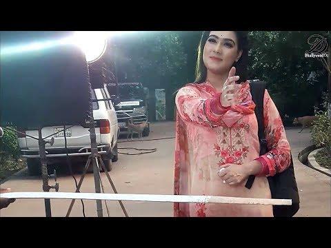 মাহির হট ঠোঁটে কি লাগাচ্ছে দেখুন / Behind The Scenes / Mahiya Mahi New Video