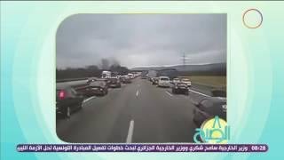 شاهد.. تعامل السائقين عند مرور سيارة إسعاف بألمانيا