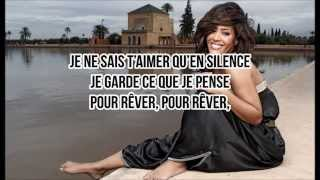 Amel Bent - En silence ( Paroles )