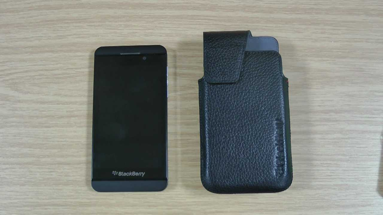 huge selection of f16f7 1bcc0 Genuine BlackBerry Z10 Leather Swivel Holster Case Review - ACC-49273-201
