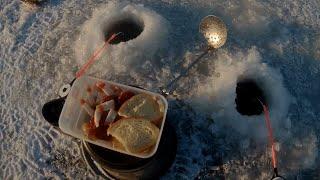 Первый лед 2019-2020   Мормышка с мотылем   Зимняя рыбалка на водохранилище