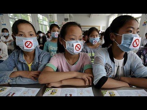 China introduces smoking ban in Beijing
