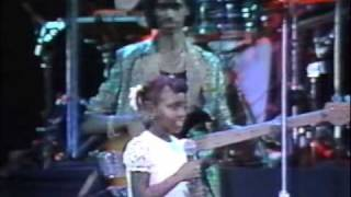 General Trees feat his young daughter - Live at Sunsplash 1987