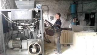видео Безобжиговое производство силикатного кирпича